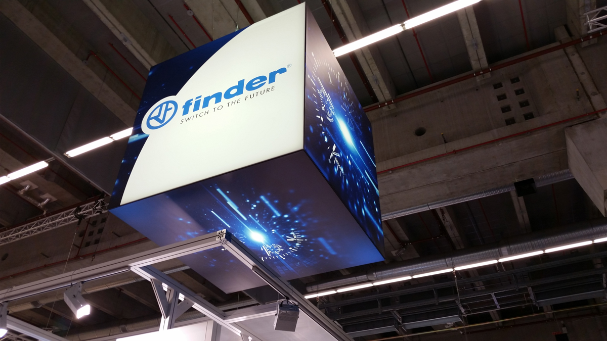 Finder-light-building